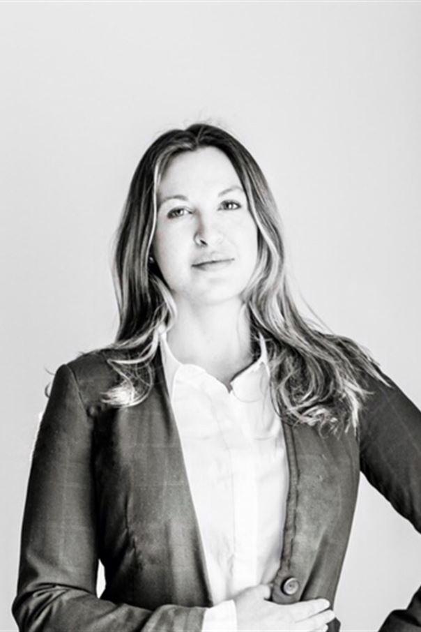 Tamara Svartvit (3)